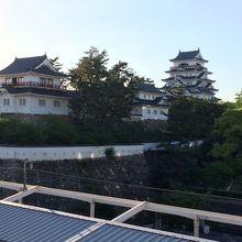 ホテルのお向かいは福山城