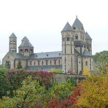 ゲノフェファブルク城