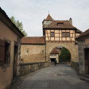 旧市街の入口
