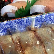 ホタルイカの刺身と氷見ブリ