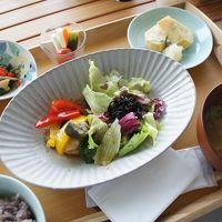 中庭カフェで。タラサ和膳(1,000円)でした。