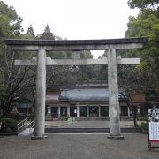 宮崎神宮の隣