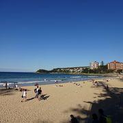 シドニー郊外のビーチ