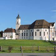 ノイシュバンシュタイン城へ行ったら是非立ち寄っていただきたい教会です