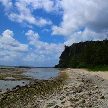 タモン湾なので海水はきれい