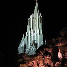 幻想的な夜の天主堂