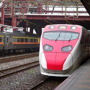 快適な日本製特急列車