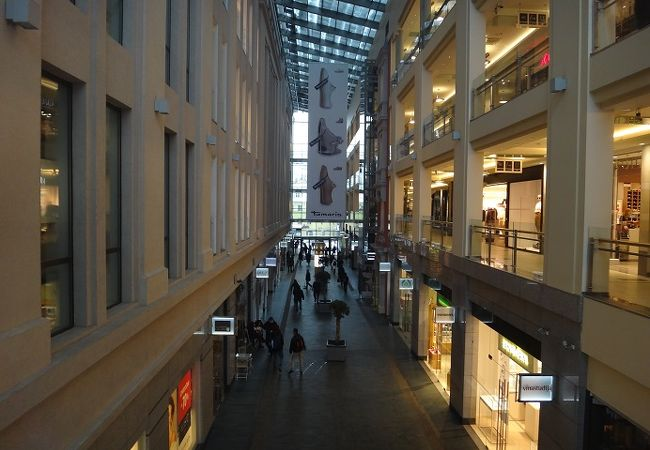 リガ旧市街のショッピングセンター(ツェントゥルス )