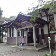 100年以上前に建てられた図書館