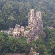 見どころはラインシュタイン城