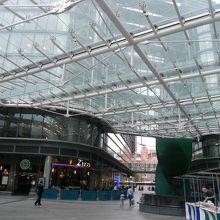 ヴィクトリア プレイス ショッピング センター