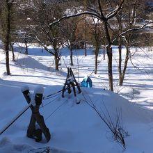 冬はビニールに籠が包まれるのでしょう。