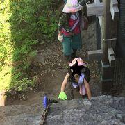登りは難所が続きます