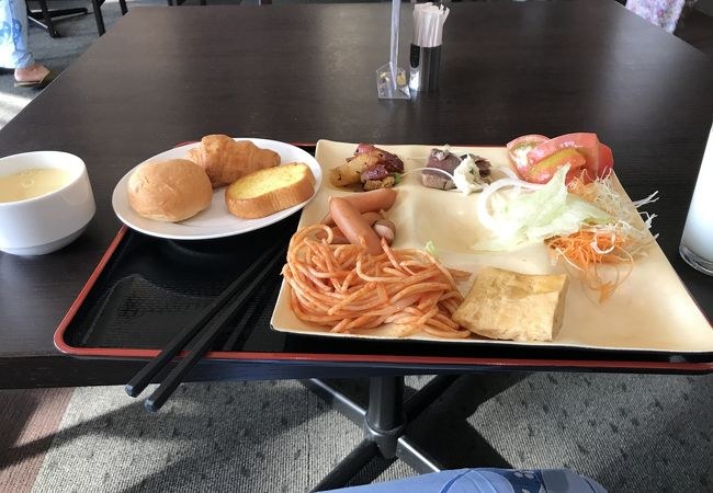 レストラン巴里