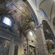 フィレンツェ最古の教会という事に納得!