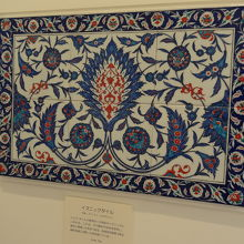 ペルシャ風の絨毯が展示されていました