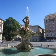 七月中旬に訪問。「広場」という思い出に「暑さ」しか思い浮かばない私。