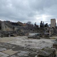 アルル、ローマ遺跡とロマネスク様式建造物群