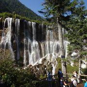 最初から綺麗な滝