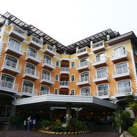 ホテルの外観。大きなホテルではないが、快適なホテルであった。