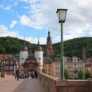 旧市街と対岸の哲学の道を結ぶ橋