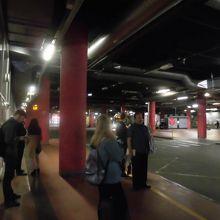 市内バスターミナル