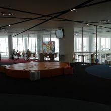 二階の休憩エリア