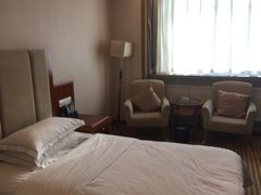 ホリデー プラザ ホテル ジアユーグァン (嘉峪関広場假日酒店) 写真