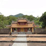 阮朝2代皇帝ミンマンの廟