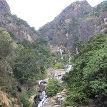 バンバラガマ滝 (ラワナ エッラ滝)
