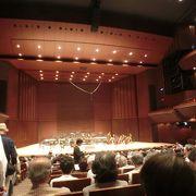 大ホールがあり、クラシックの公演に行った