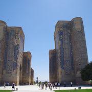ティムールに築かれた宮殿