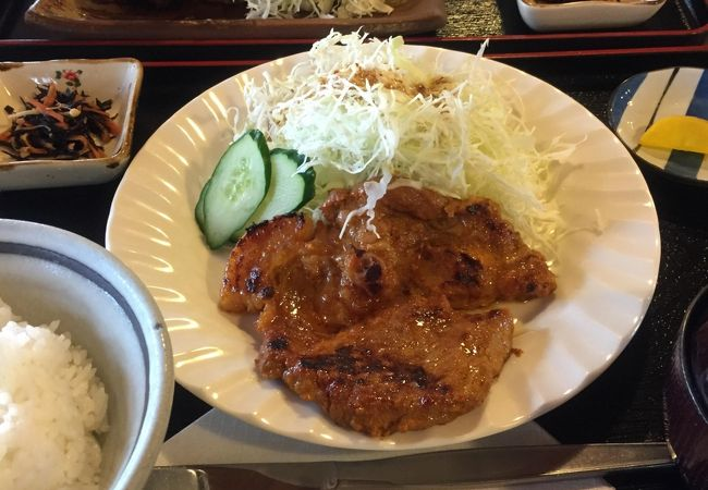 レストラン庄山