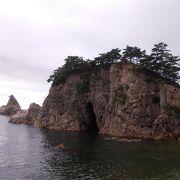 奇岩や豪快な崖が織りなす美しい景観