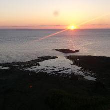 夕暮れの景観の一例