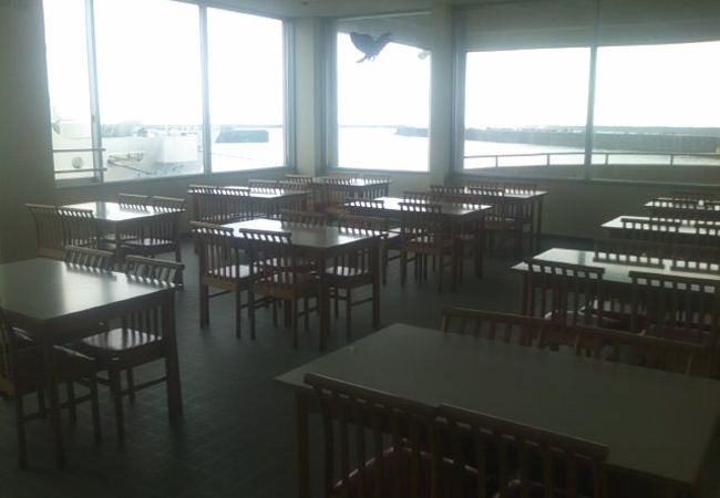 フェリー食堂