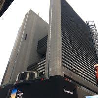Broadway のど真ん中にあるホテルです