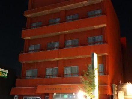 ビジネスホテル スワロー 写真