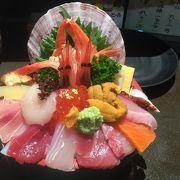 お寿司より海鮮丼が有名