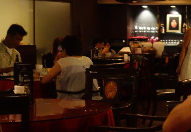 リザンシーパークホテル内の中華。落ち着いていただけます。