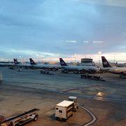 ノースカロライナに位置する便利な空港