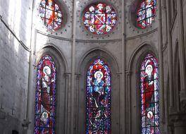 ノートルダム教会 (モレ シュル ロワン)
