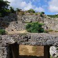 写真:世之主の墓