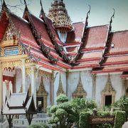 プーケット島最大の寺院