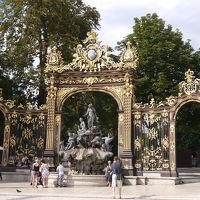 ナンシーのスタニスラス広場、カリエール広場及びアリアンス広場