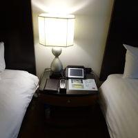 目覚ましや室内照明を一つのパネルで集中コントロール。