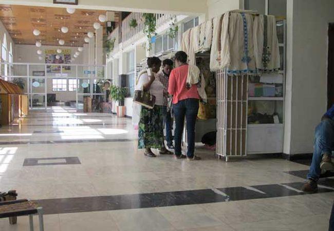 アクスム空港 (AXU)
