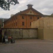 囚人の生活環境をテーマにした博物館