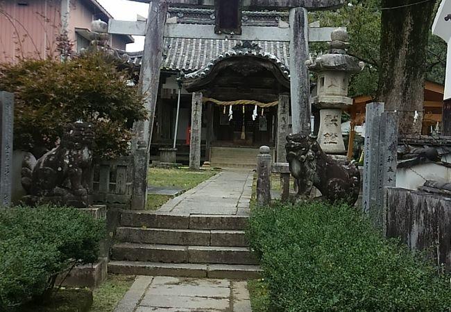 由緒がありそうな神社