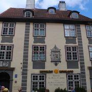 古い素敵な建物です。